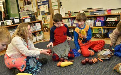 Kids' Farmers Market at School